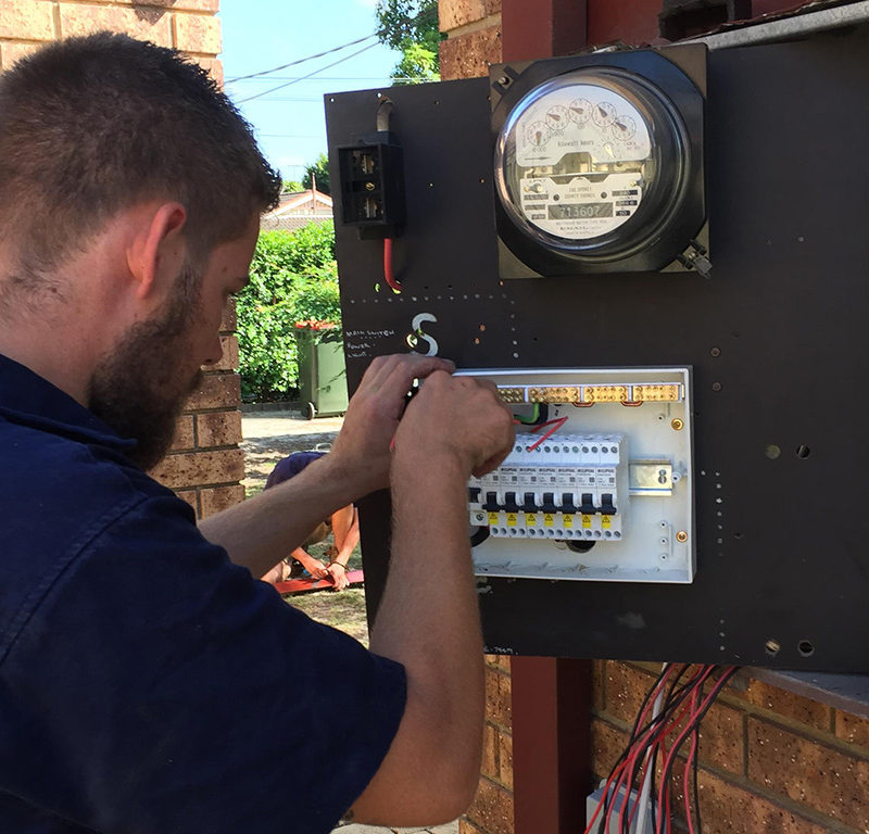 Air Conditioning Electrician